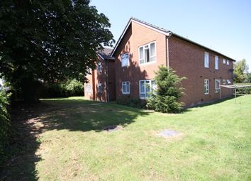 Thumbnail 1 bed flat to rent in Grosvenor Lawn, Craven Road, Newbury