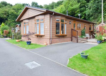Thumbnail 2 bed mobile/park home for sale in The Glen, Blackwell, Bromsgrove