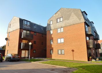 Thumbnail 2 bed flat to rent in Ambleside Court, Marine Parade East, Clacton-On-Sea