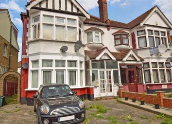Thumbnail 2 bed flat for sale in Cranbrook Road, Ilford, Essex