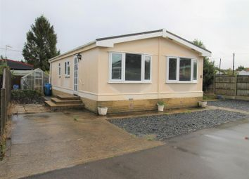 Thumbnail 2 bedroom mobile/park home for sale in The Copse, Cranbourne Hall Park, Windsor