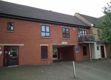 Thumbnail 2 bed flat to rent in Near Side, Northampton
