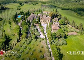 Thumbnail Leisure/hospitality for sale in Asciano, Tuscany, Italy