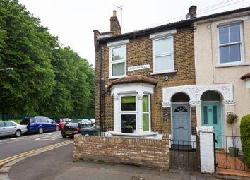 Thumbnail 2 bedroom flat for sale in Clacton Road, London