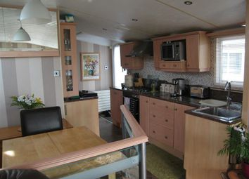 Thumbnail 2 bedroom mobile/park home for sale in St. Margarets Holiday Park, St. Margarets-At-Cliffe, Dover, Kent