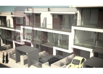 Thumbnail 3 bed terraced house for sale in Charneca De Caparica E Sobreda, Charneca De Caparica E Sobreda, Almada