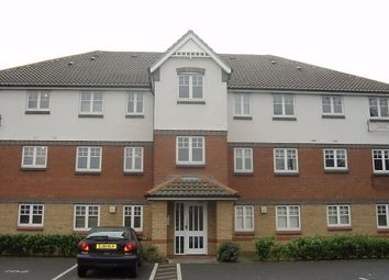 Thumbnail 2 bedroom flat to rent in Warwick Road, West Drayton
