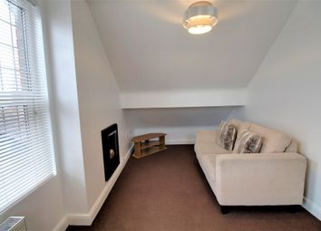 Thumbnail 1 bed flat to rent in Balmoral Road, Doncaster