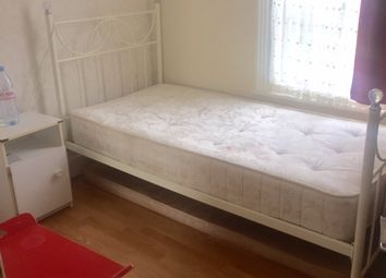 Thumbnail Room to rent in Eswyn Road, London