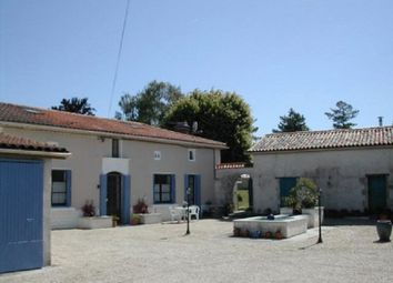 Thumbnail 11 bed property for sale in Near Barbezieux, Charente, Poitou-Charentes