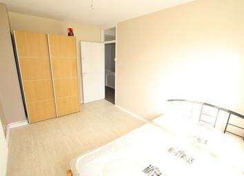 Thumbnail 4 bed shared accommodation to rent in Bow, London