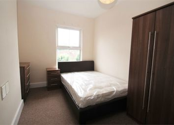 Room to rent in 37, The Greenway, Uxbridge, Middlesex UB8