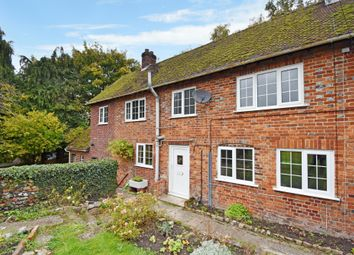 Thumbnail 3 bed cottage to rent in Newbury Street, Kintbury, Hungerford