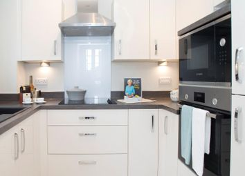 Thumbnail 1 bed property to rent in Twickenham Road, Isleworth