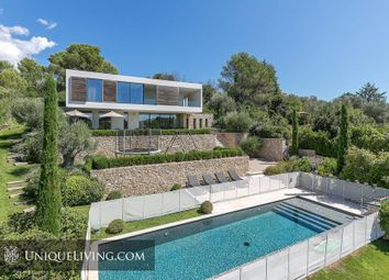 Thumbnail 5 bed villa for sale in Chateauneuf De Grasse, Grasse, French Riviera