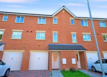 Thumbnail 4 bed town house to rent in Bailey Close, Pontefract
