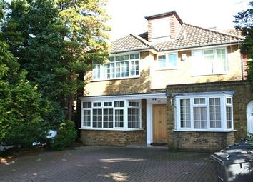 Thumbnail 6 bed detached house to rent in Fitzalan Road N3, Finchley