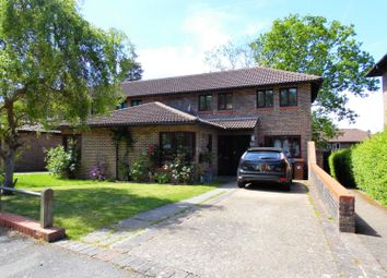 3 bed end terrace house for sale in Worlds End Hill, Bracknell RG12