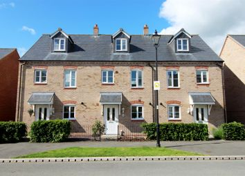 Thumbnail 3 bed town house for sale in Stryd Y Wennol, Ruthin