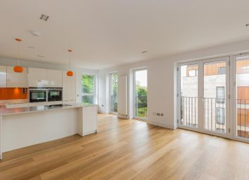 Thumbnail 2 bed flat to rent in Wallace Gardens, Murrayfield, Edinburgh
