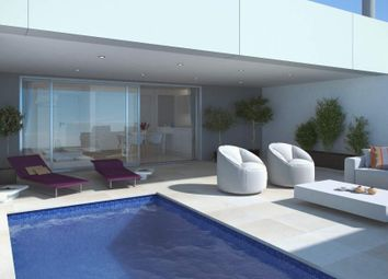 Thumbnail 4 bed apartment for sale in Nueva Andalucía, Malaga, Spain