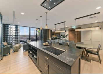 Thumbnail 2 bedroom flat to rent in Sirocco Tower, Sailmakers, Canary Wharf