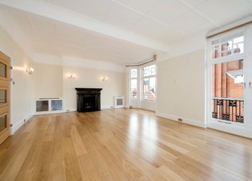 Thumbnail 4 bed flat to rent in Chiltern Street, London