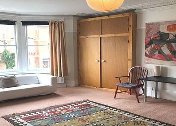 Thumbnail 1 bed flat to rent in Parliament Hill, London