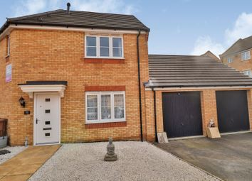 Thumbnail 3 bed semi-detached house for sale in Shipton Grove, Hempsted