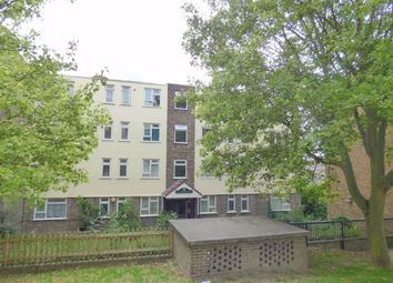 Humber Crescent, Strood, Rochester ME2. 2 bed flat