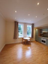 3 bed maisonette to rent in Regents Park Road, Finchley N3