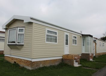 Thumbnail 1 bedroom property for sale in Clacton Road, Little Clacton