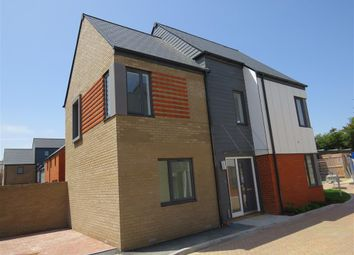 4 bed property to rent in Rostrum Close, Ashford TN23