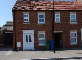 Thumbnail 3 bed property to rent in Monarch Drive, Kemsley, Sittingbourne