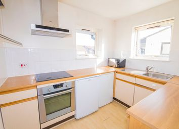 Thumbnail 1 bed flat to rent in Barnfield Place, London