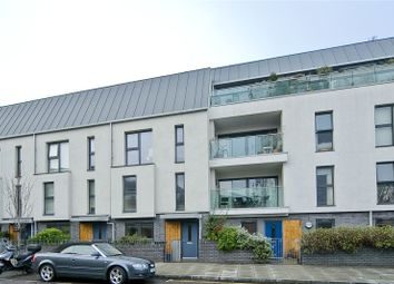 Thumbnail 5 bed terraced house for sale in Richmond Road, Hackney
