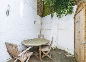 Thumbnail 1 bedroom flat to rent in Clarendon Road, London