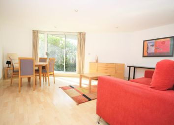 Thumbnail 1 bed flat to rent in 3 Newton Place, Docklands