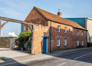 Thumbnail 3 bed cottage to rent in Bath Road, Lymington