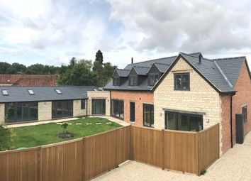 Thumbnail 4 bedroom property for sale in Waterstock, Oxford