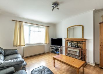 Irvine Close, Whetstone, London N20. 2 bed flat for sale