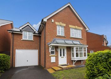 3 bed property to rent in Amber Lane, The Avenue, Repton Park IG6