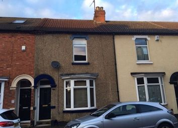 2 bed property to rent in Abbey Road, Northampton NN4