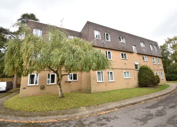 1 bed flat for sale in Woodlands Court, Owlsmoor, Sandhurst, Berkshire GU47
