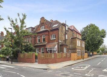 Acton Lane, London W4. 2 bed flat