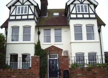 Thumbnail 2 bedroom flat to rent in Westcliff, Whitstable