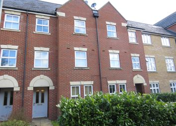 Thumbnail 3 bed town house for sale in Malyon Close, Braintree