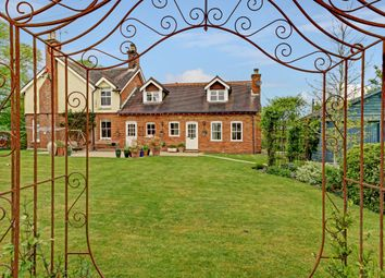 Thumbnail 1 bed property to rent in Stockcross, Newbury