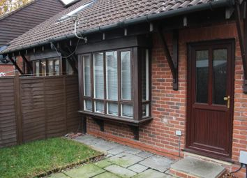 Thumbnail 1 bed property to rent in Lombardy Close, Woking