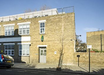 Thumbnail 2 bedroom flat for sale in Wilton Way, London Fields